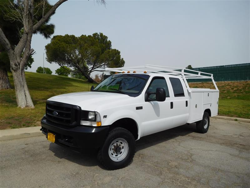 2003 FORD F-350 SERIES  2003 ford f-350 crew cab 4x4 service truck v-10 auto trans ac 9 paci