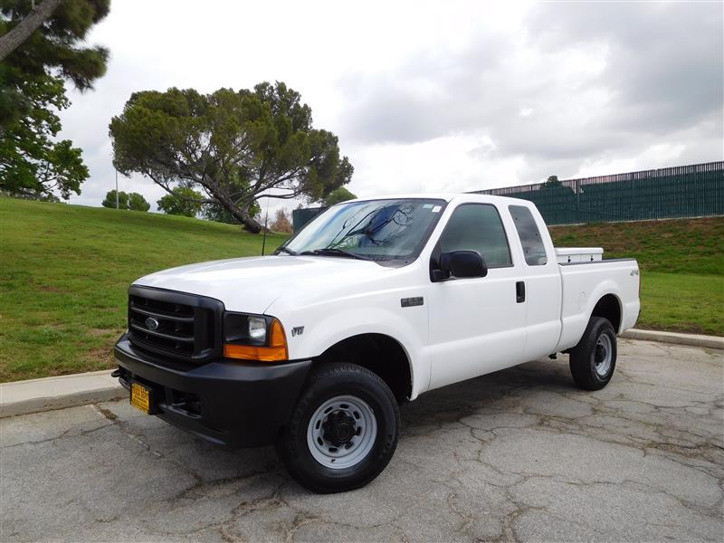 2001 FORD F-250 XL WhiteGrey 2001 ford f-250 extra cab 4x4 pickup truck 54l v-8 auto trans a