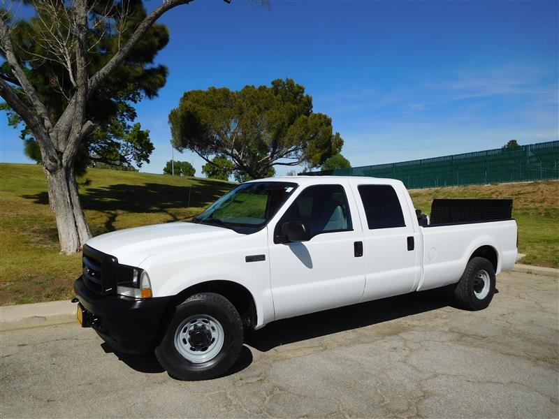 2004 FORD F-350 SERIES XL