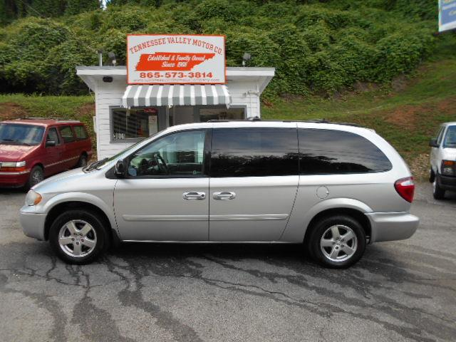 2005 DODGE GRAND CARAVAN SXT silvergrey stow  go seats road miles no fees price tax tags a