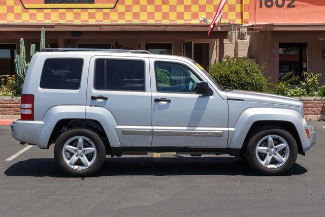 2011 JEEP LIBERTY 4D SUV 2WD LIMITED Bright Silver Metallic Clearcoat air conditioning wheels a