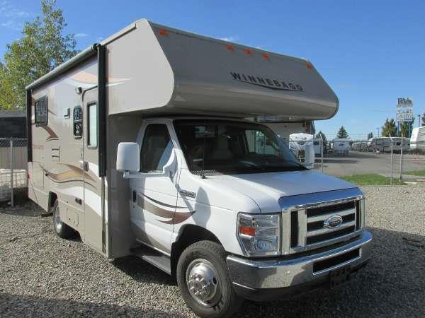 2015 WINNEBAGO MINNIE WINNIE 22R Polar the popular minnie winnie offers exciting features and mor