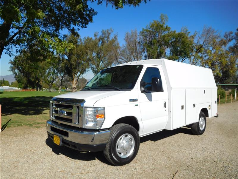 2011 FORD E-SERIES CHASSIS E-350 SD