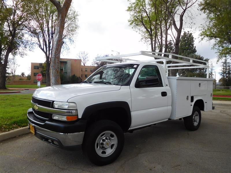 2002 CHEVROLET 2500 HD UTILITY BODY