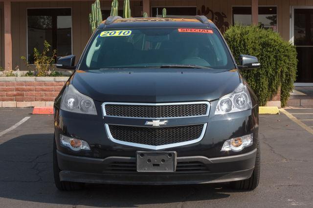 2010 CHEVROLET TRAVERSE 4D SUV FWD LT1 Black Granite Metallic air conditioning wheels aluminum