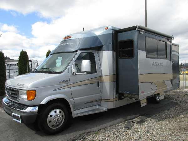 2008 WINNEBAGO ASPECT 26A Seamist sized for maximum fun have more fun in the full-featured easy