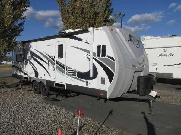 2016 ARCTIC FOX 29L SILVER FOX  northwood doesnt scrimp anywhere they build each trailer campe