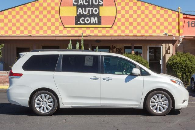 2011 TOYOTA SIENNA 4D WAGON LIMITED Super White air conditioning wheels aluminumalloy power s
