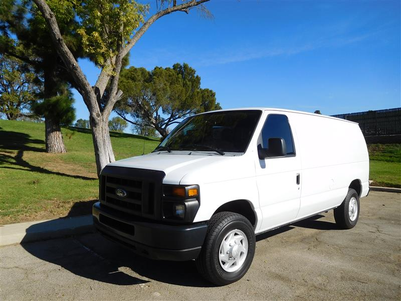 2009 FORD E-SERIES CARGO E-350 SD