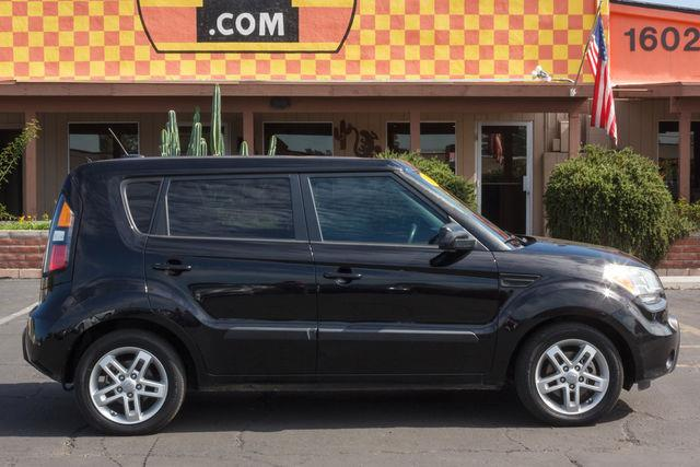 2011 KIA SOUL 4D HATCHBACK  AUTO Shadow air conditioning wheels aluminumalloy power steering