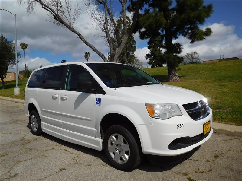 2011 DODGE GRAND CARAVAN EXPRESS WhiteGrey 2011 dodge caravan with el dorado handicapped convers