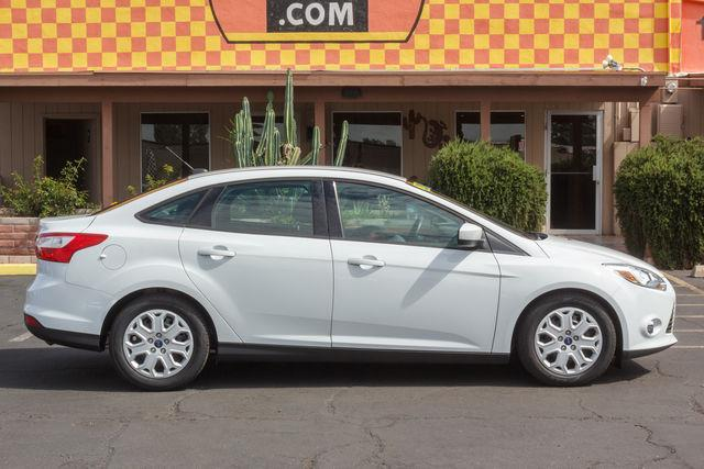 2012 FORD FOCUS 4D SEDAN SE White air conditioning power steering amfm stereo power windows