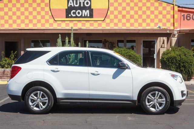 2013 CHEVROLET EQUINOX 4D SUV AWD LS Summit White air conditioning wheels aluminumalloy power