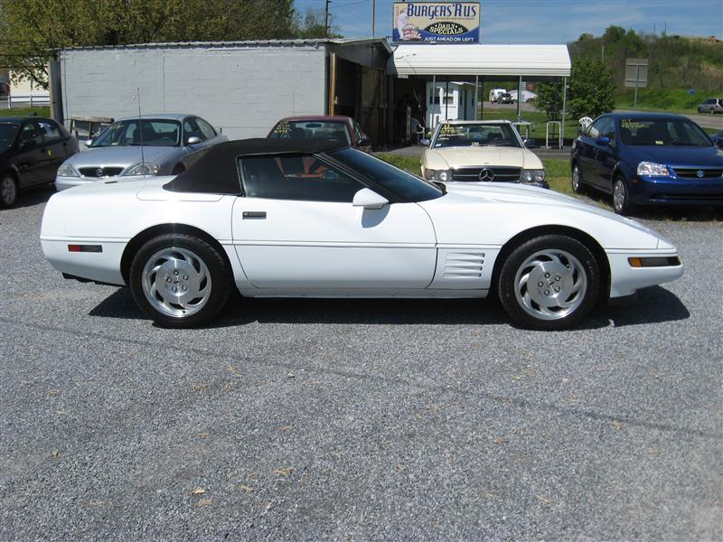 1994 CHEVROLET CORVETTE CONVERTIBLE WHITEBLACK va dlr 76000 miles Stock No 03155 VIN 1G1YY3