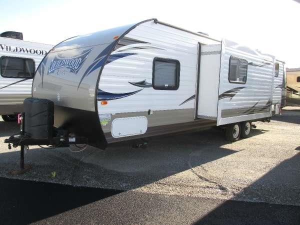 2014 WILDWOOD X-LITE 281QBXL neutral the innovative design of the wildwood x-lite travel trailer