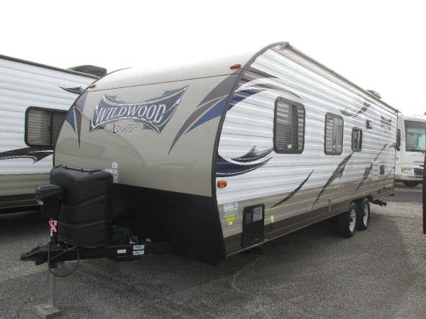 2015 WILDWOOD X-LITE 261BHXL brown the innovative design of the wildwood x-lite travel trailer re