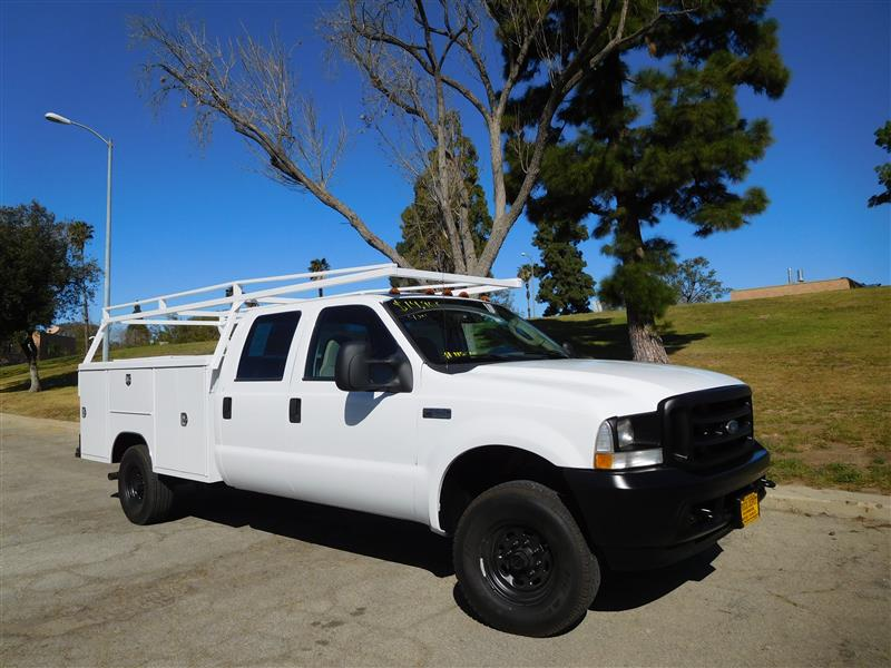 2003 FORD F-350 SERIES WhiteGrey 2003 ford f-350 crew cab 4x4 service truck v-10 auto trans a