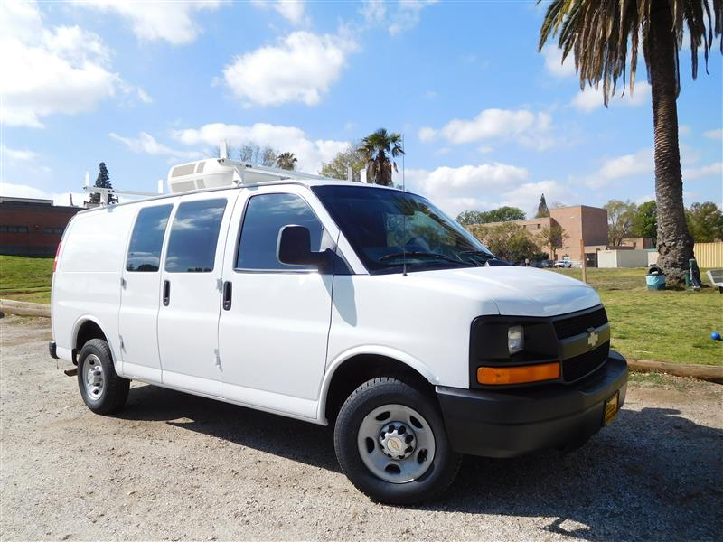 2003 CHEVROLET EXPRESS CARGO 2500 WhiteGrey 2003 chevrolet express 2500 fiber splicer van with g