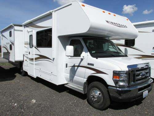 2015 WINNEBAGO MINNIE WINNIE 31H Polar the popular minnie winnie offers exciting features and mor