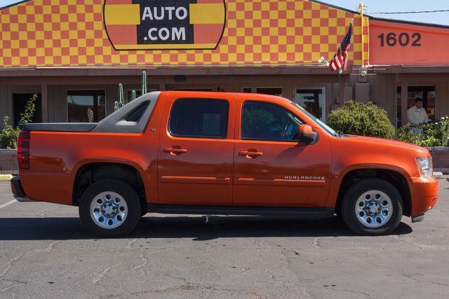 2007 CHEVROLET AVALANCHE 5D CREW CAB LT Sunburst Orange II Metallic air conditioning wheels alu