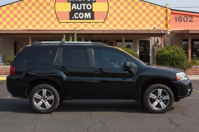 2011 MITSUBISHI ENDEAVOR 4D SUV AWD SE Kalapana Black air conditioning wheels aluminumalloy p