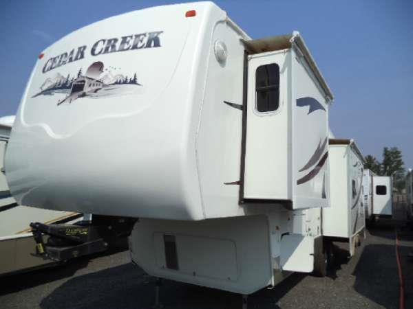2005 CEDAR CREEK 34 WITH 3 SLIDE OUTS  rvs northwest north store 10006 n divsion spokane wa 9921
